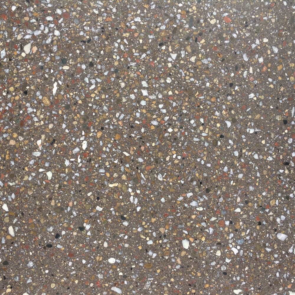 Образец плитки Терраццо Dark Brown - вид сверху в сухом состоянии