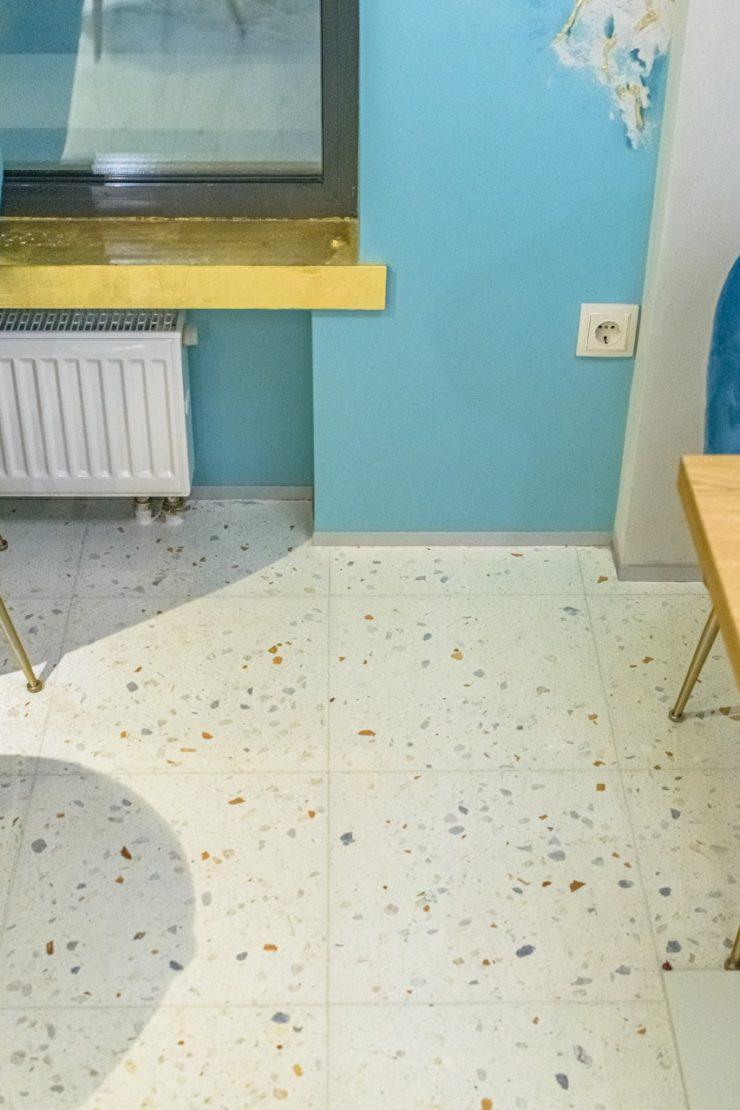 Выполненный проект с использованием мозаичной плитки терраццо | Кофейня Пиццерия «Эмилия»