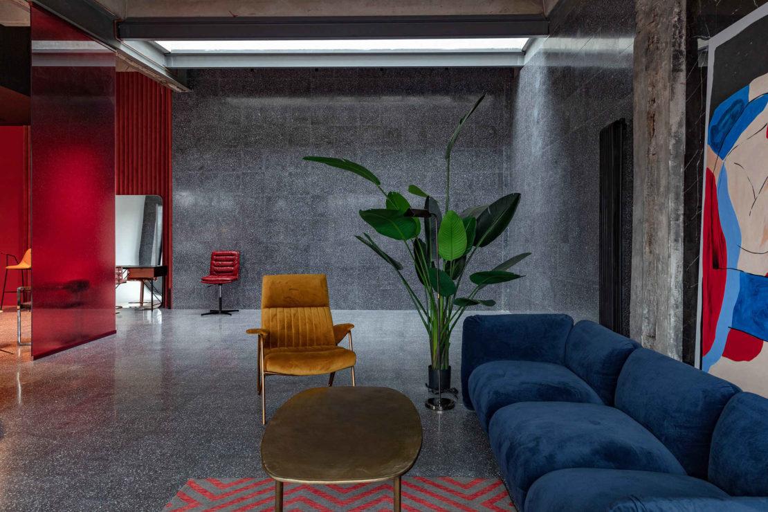 Выполненный проект с использованием мозаичной плитки терраццо | Фотостудия Whitestudios зона Dark Grey
