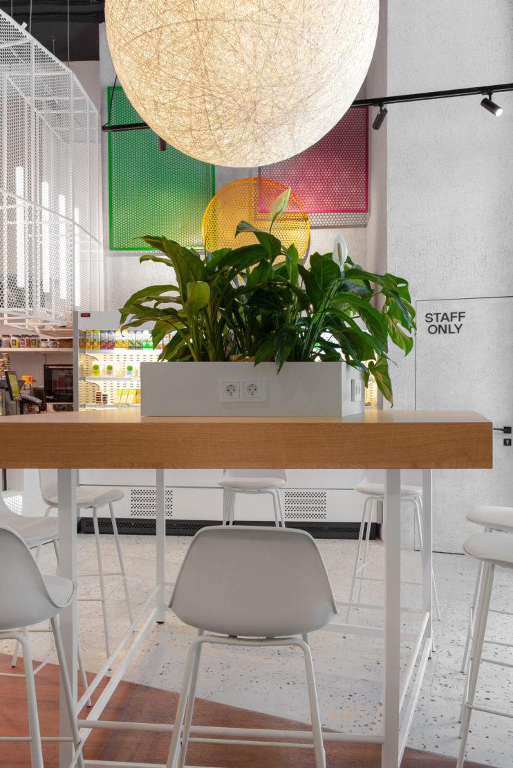 Выполненный проект с использованием мозаичной плитки терраццо | Кафе Hello Papaya VTB